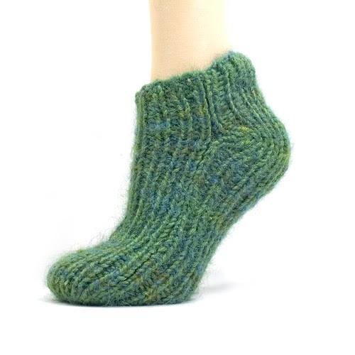 Knitting Pattern For Socks On Five Needles : Not an Artist: Free Pattern: Simple 2-Needle Slipper Socks
