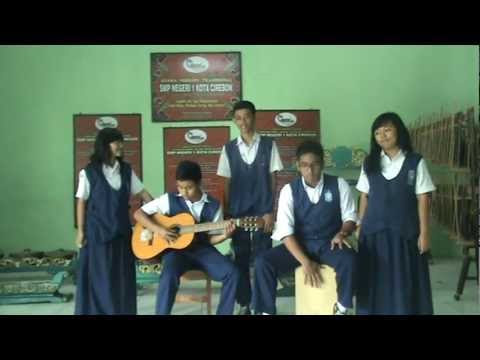 Menunggumu - Musikalisasi Puisi : Titi, Alvan, Silvy, Aca, Izar | OST The Reason is You