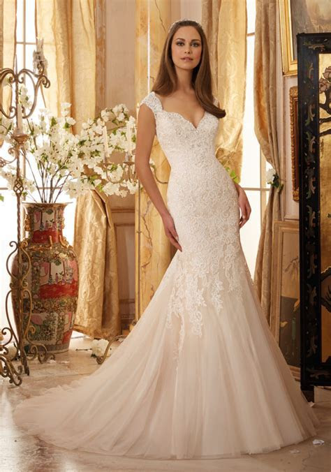Crystal Beaded Lace on Net Wedding Dress   Style 5472