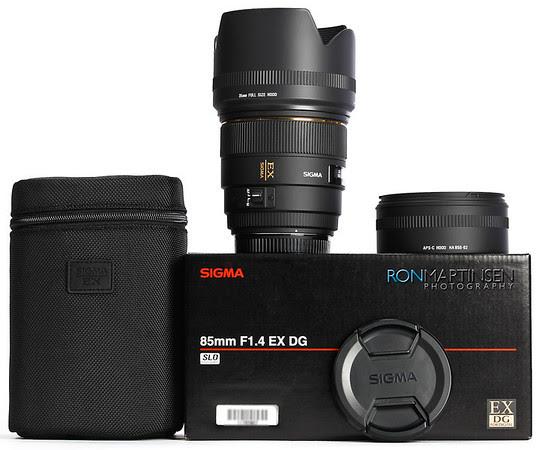 Sigma 85mm f/1.4 EX DG Canon Mount