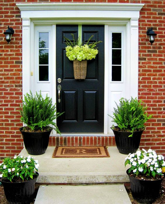 red door design flowers  | 736 x 1103