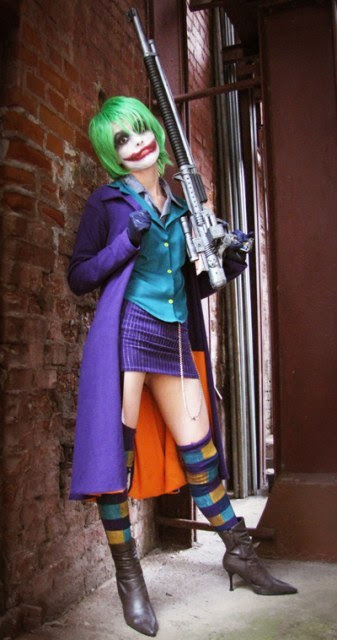 ihaveacrushoncomics:  Female Joker Cosplay ♥.♥