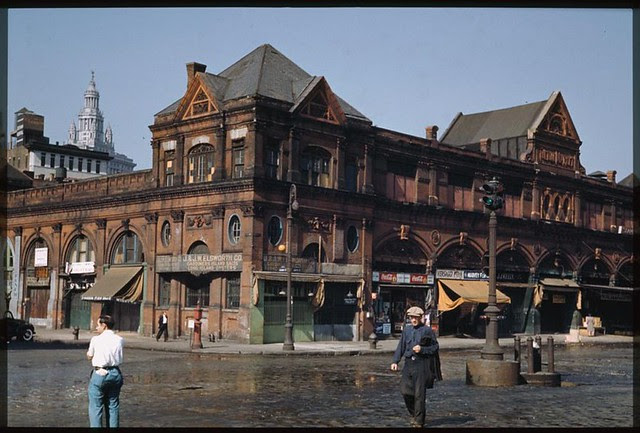 the-old-fulton-market-manhattans-lower-east-side-saturday-afternoon-1941