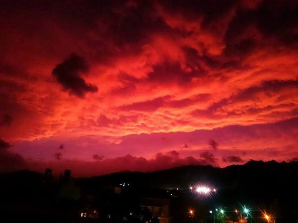blood sky taiwan, blood sky taiwan photo, blood sky taiwan video, blood sky taiwan pictures, blood sky taiwan Taitung Typhoon Dujuan, blood sky typhoon dujuan