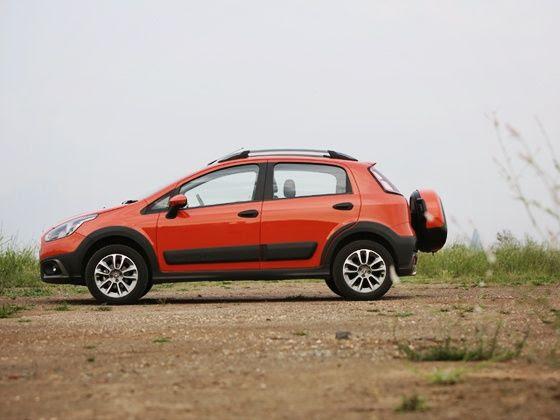 Fiat Avventura Petrol India Review side