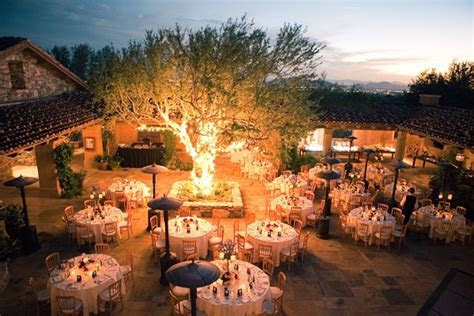 Outdoor Southwestern Reception Venue   Elizabeth Anne