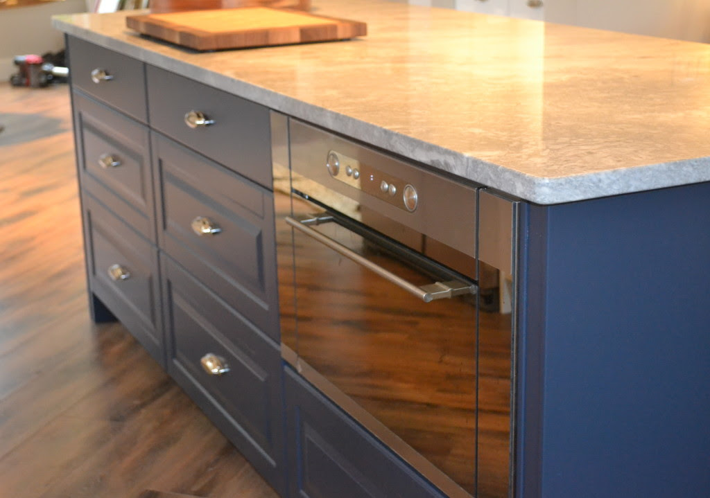 Painting your kitchen cabinets - Ikan Installations