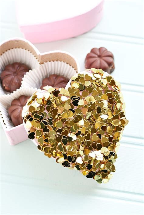 DIY Candy Box: Valentine Confetti   Crafts Unleashed