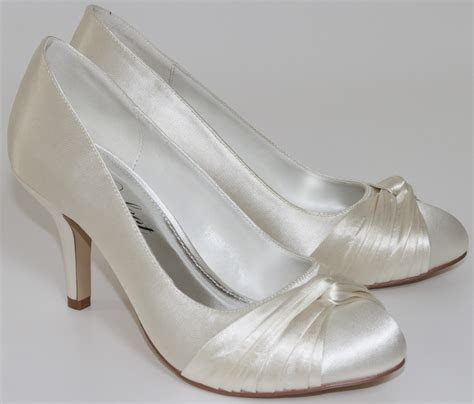 Grace Perfect Bridal Shoes   Dyeable Ivory Wedding Shoes