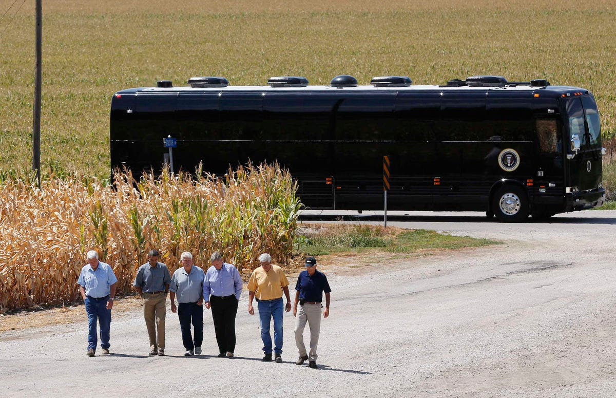 Ground Force One is a 45-foot long bus specially designed by the Secret Service.