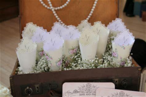 Confetti cones   Nerissa Eve Weddings