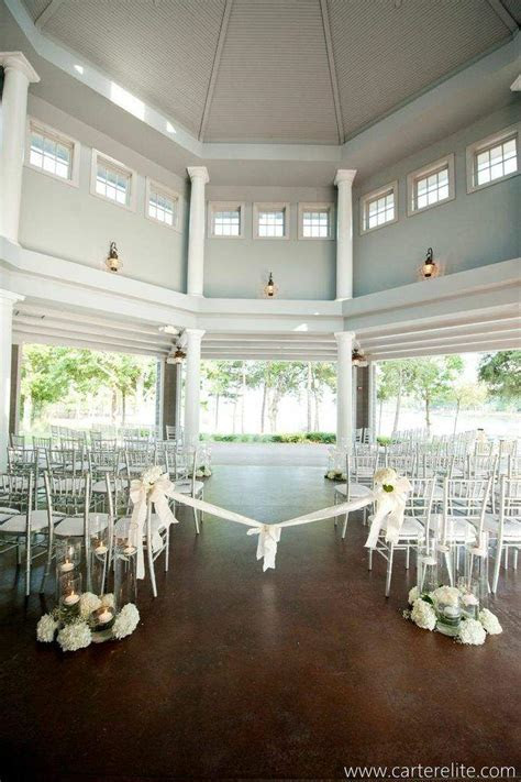 Black and White Inspired Charlotte Wedding from Lemiga