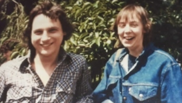 The young backpackers in the 1980s
