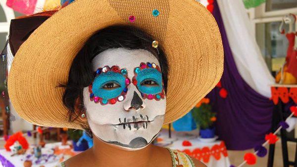 Celebrating Mexicos Day Of The Dead In Puerto Vallarta