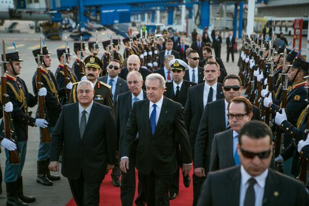 Αβραμόπουλος με τον Αιγύπτιο μεταβατικό πρόεδρο