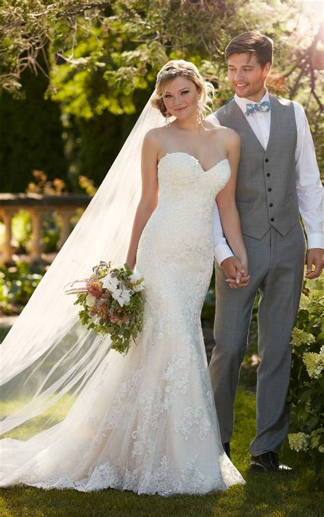 Fit n Flare Strapless Wedding Gown I Essense of Australia