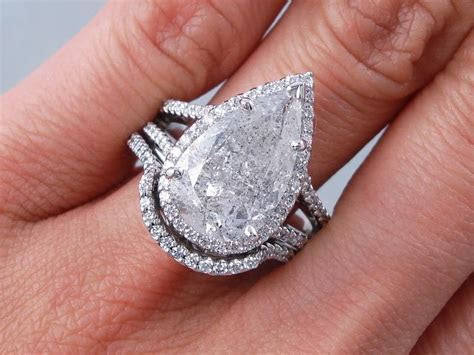 5.14 ctw Pear Shape Diamond Engagement Ring and Matching