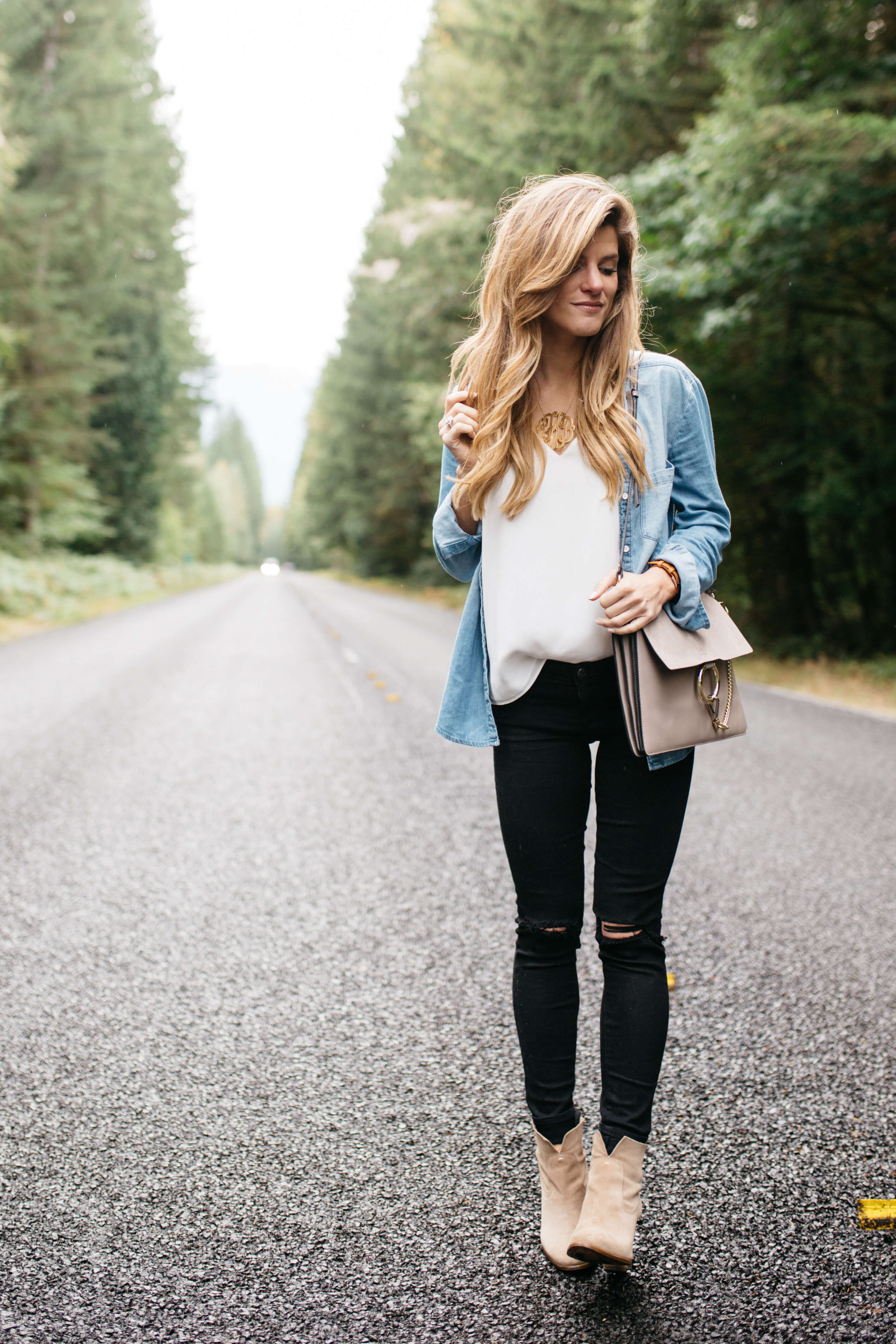 how to wear a denim shirt  13 ways to style chambray