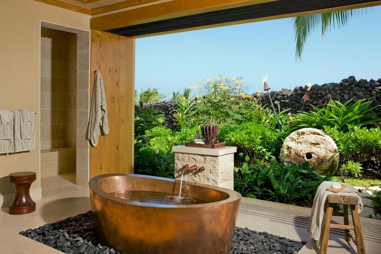 20. Tropical Bathroom   Hawaii