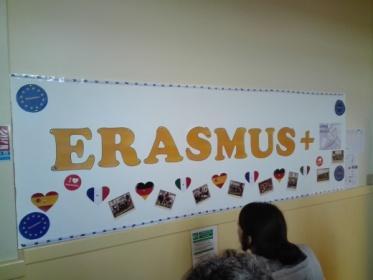 C:\Users\Francesco\Documents\Foto\Resistenza 18.19\Erasmus plus Troyes 17.3.19 23.3.19\IMG_20190319_181938.jpg