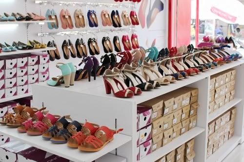 Có thể lựa chọn bán giày dép nhập khẩu