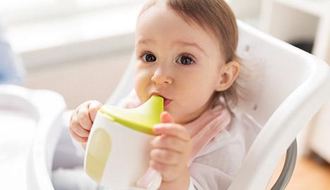 Tips menggunakan sippy cup