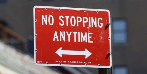 A no stopping sign