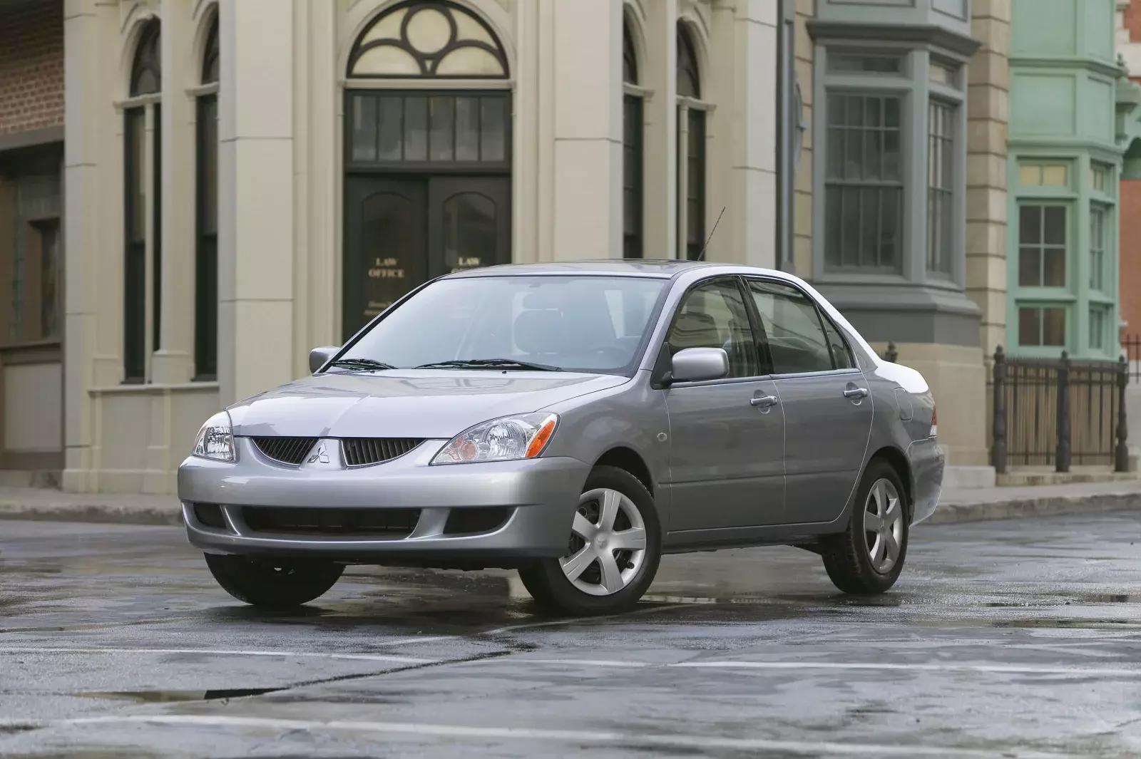 mașini din ultimii 10 ani Mitsubishi Lancer