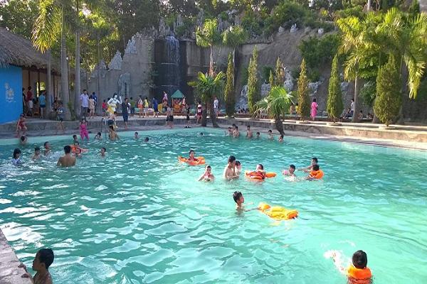 Khám phá 5 khu nghỉ dưỡng suối nước nóng nổi tiếng ở Việt Nam