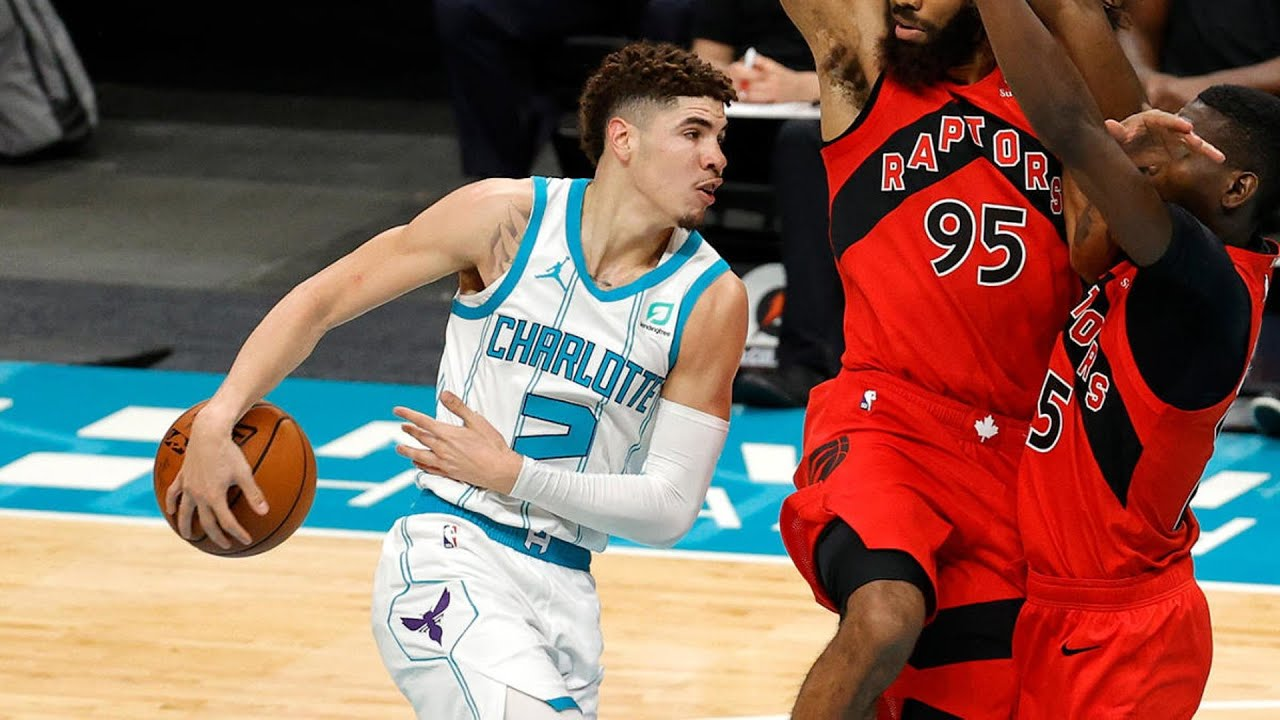 Image result for lamelo ball behind the back pass
