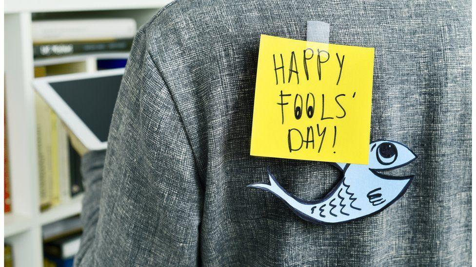 Картинки по запросу 1 april fool day  fish