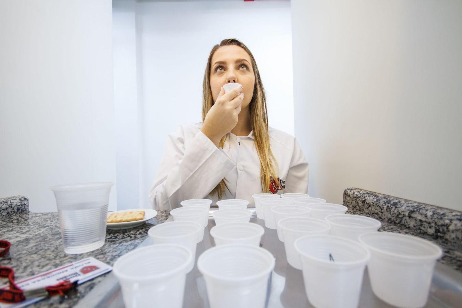 Como estruturar a análise sensorial na indústria de alimentos e bebidas
