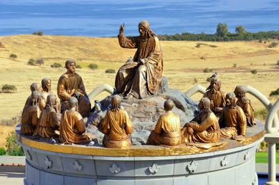 Апостолы. Домус Галилея. Экскурсия Назарет и Галилея Христианская. Гид в Израиле Светлана Фиалкова.