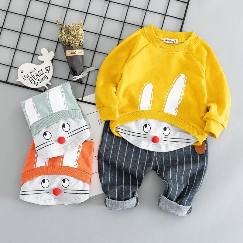 Prezent dla 8, 9, 10 miesięcznego dziecka : Ubrania dla noworodka czy zabawki?Jak odpowiednio wybrać11