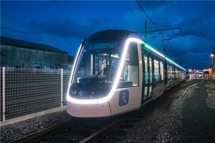 Com 19 estações, o tempo de deslocamento entre Paris e Orly irá reduzir de 60 para 30 minutos. Alstom/Reprodução)