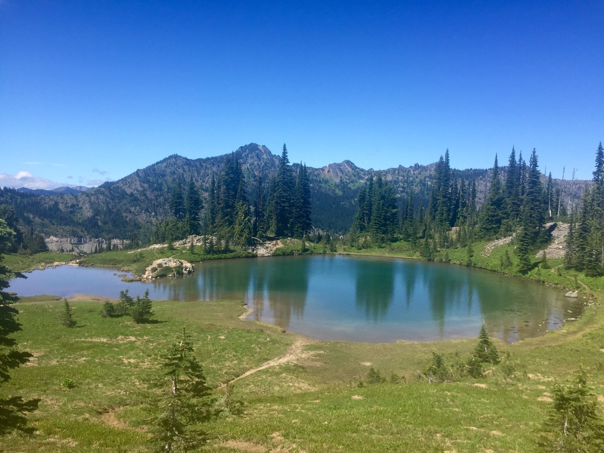 Tipsoo Lake – Naches Peak