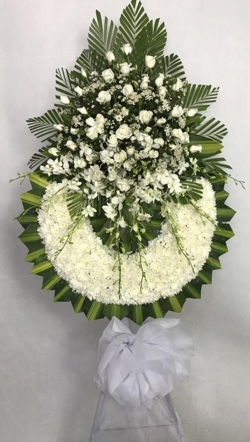 Lợi ích cho người dùng khi chọn được shop tốt đặt hoa chia buồn quận 2