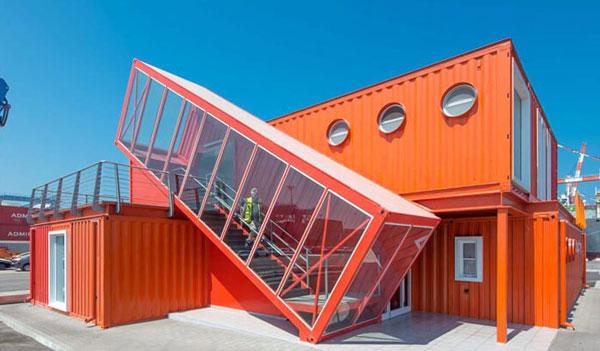 Container văn phòng cá tính thích hợp làm những Homestay biển xinh đẹp