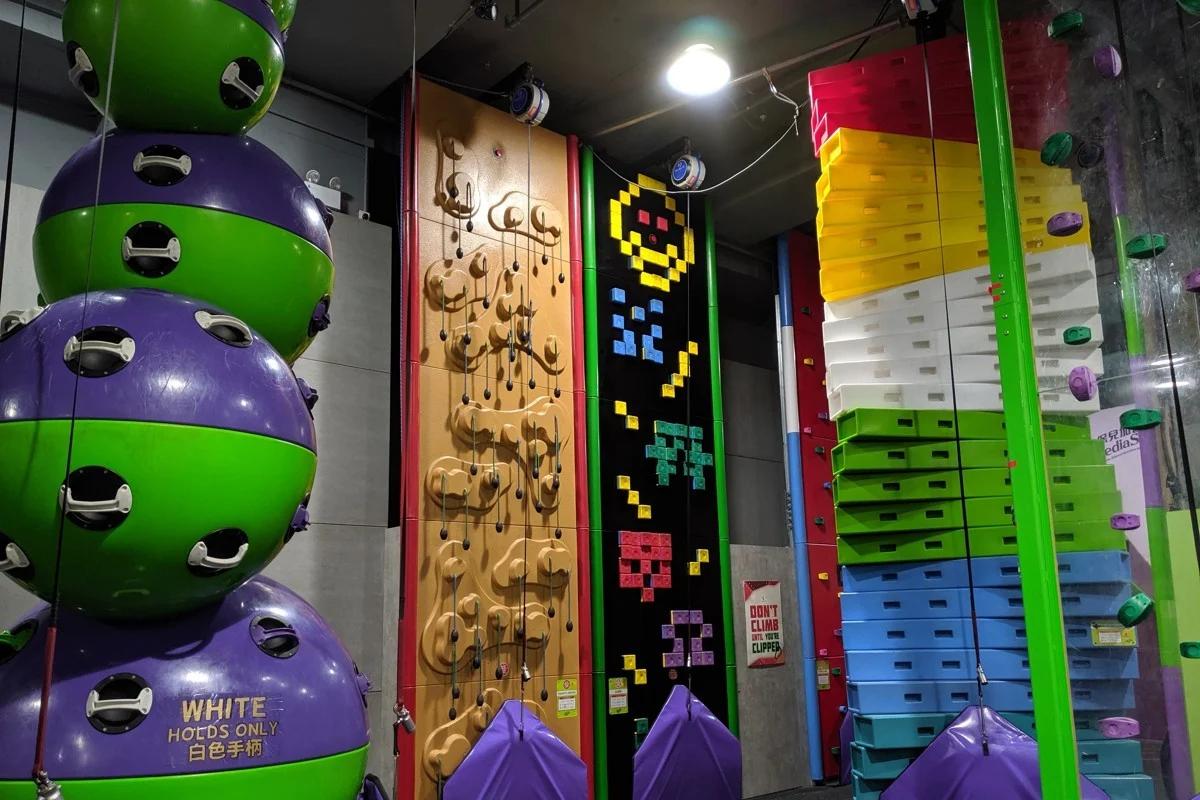 'Clip n climb' area in Verm City climbing gym