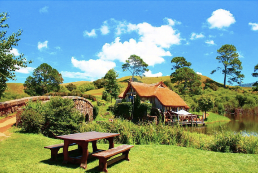 Unleash your inner nerd at Hobbiton