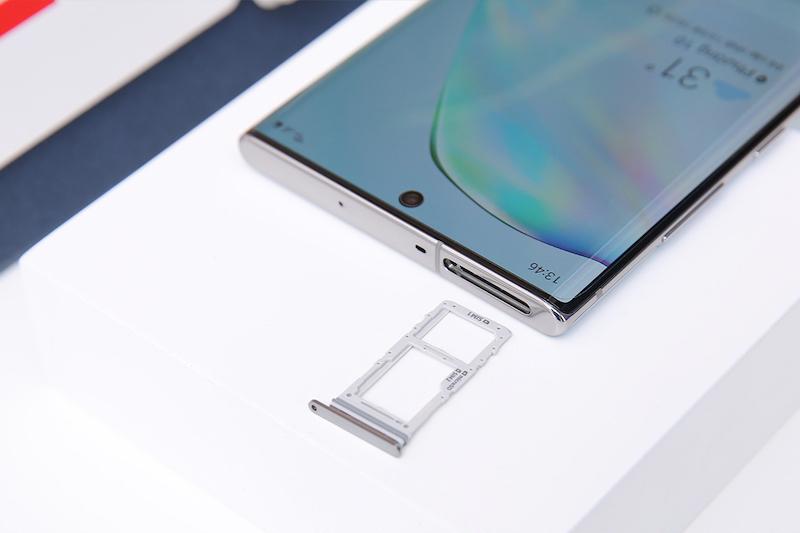 Điện thoại Samsung Galaxy Note 10+ | Màn hình