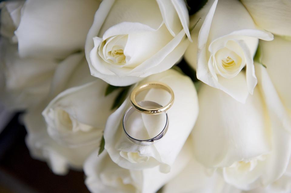 wedding-1999093_960_720.jpg
