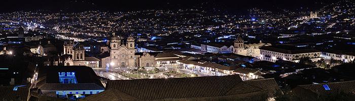 Plaza de Armas de Cusco por la noche