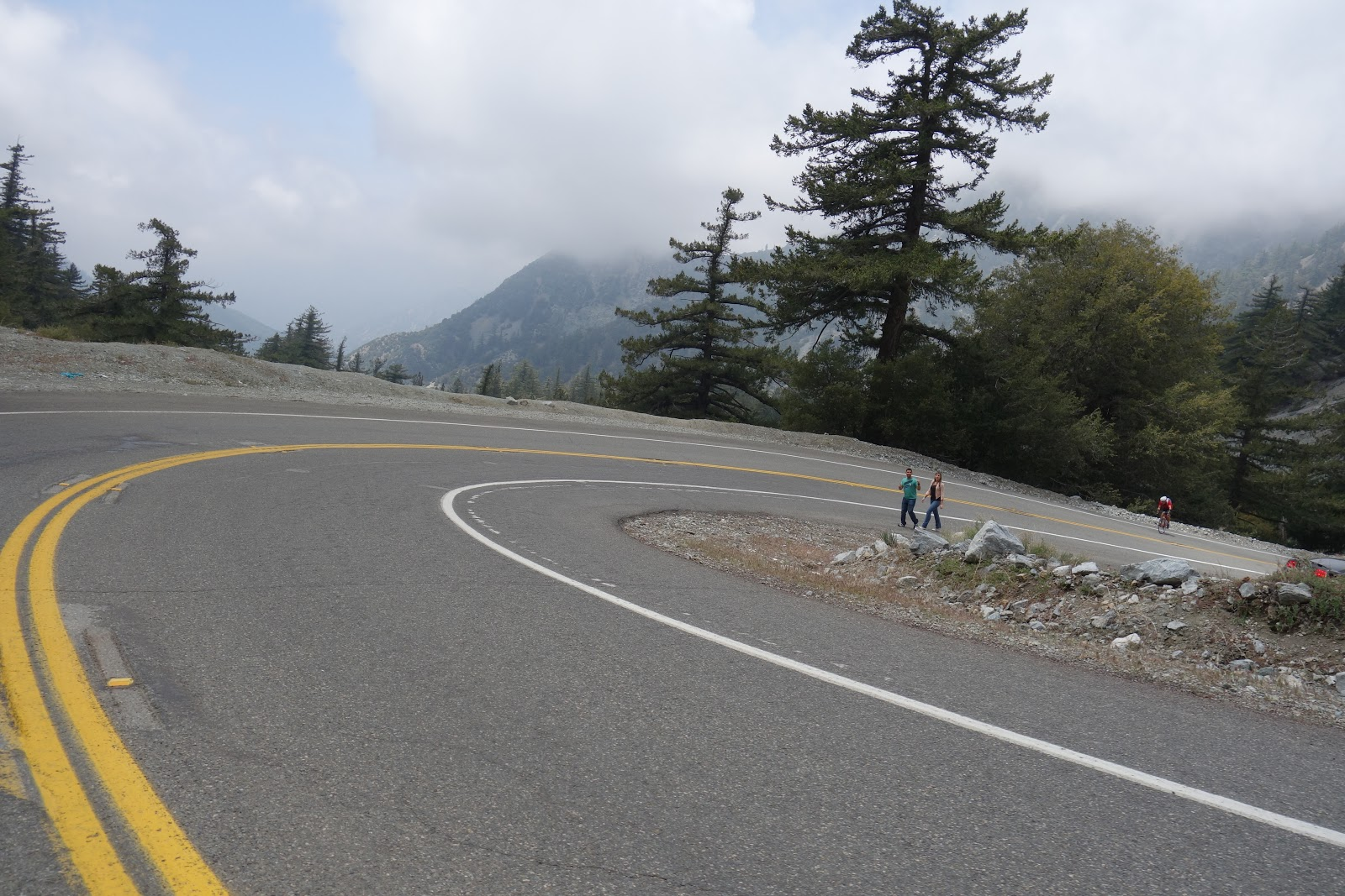 Hairpins on Glendora Mountain road
