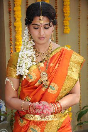 Women's Traditional Costumes of Tamilnadu