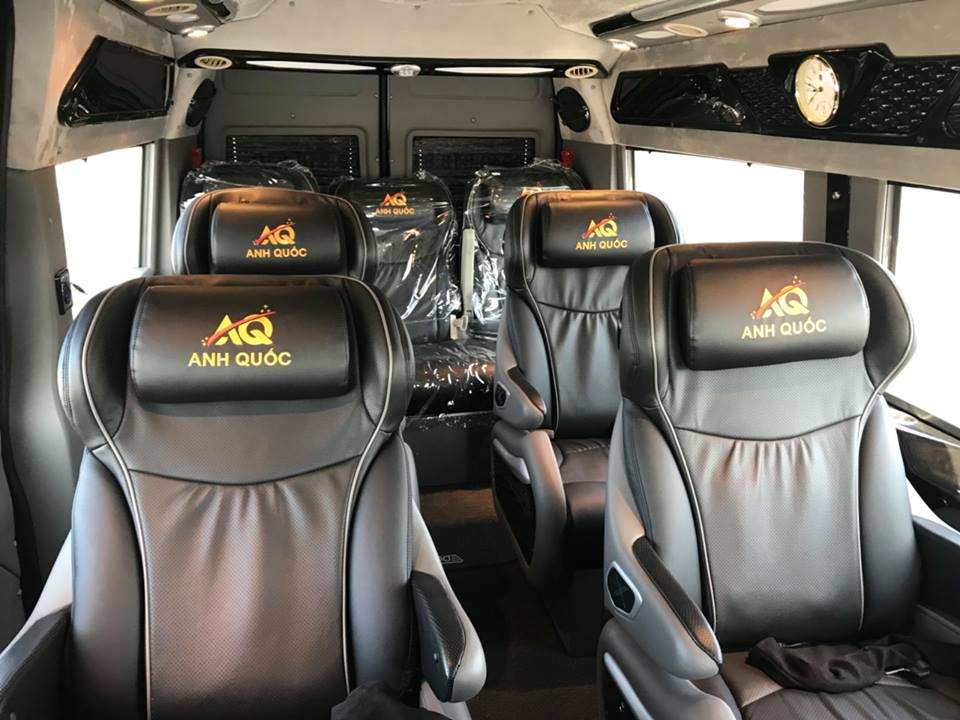 Nội thất xe Anh Quốc Limousine đi Vũng Tàu từ Sài Gòn