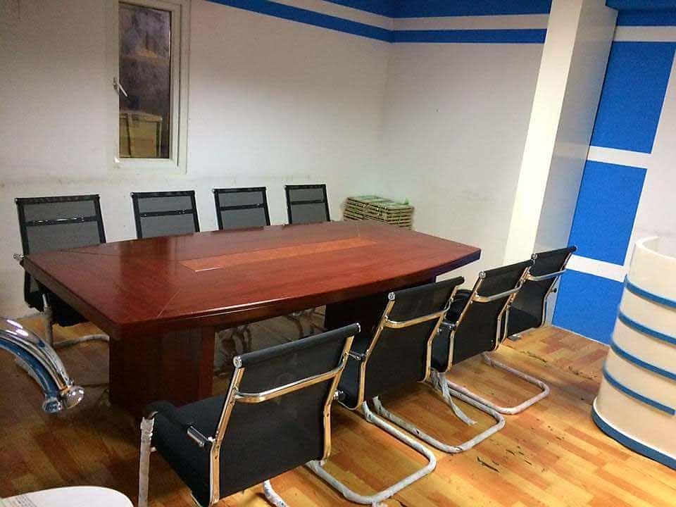 D:\mua bán bàn ghế văn phòng bằng gỗ đẹp\8e763b4a476fa031f97e.jpg