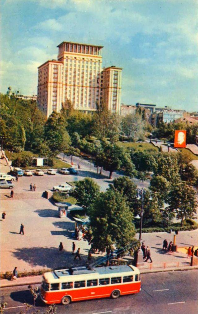 Як КДБ стежив за принцом Філіпом у Києві