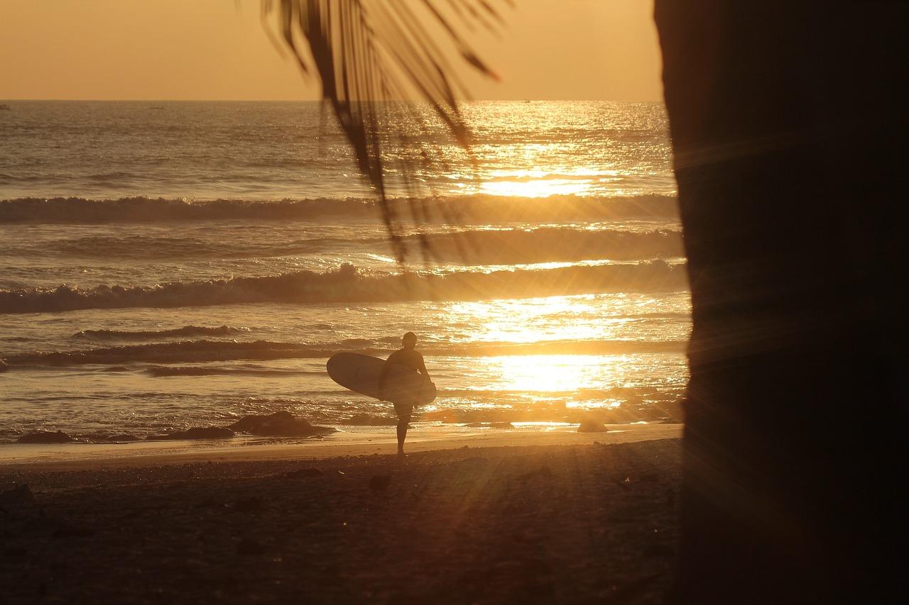 sunset-691674_1280.jpg