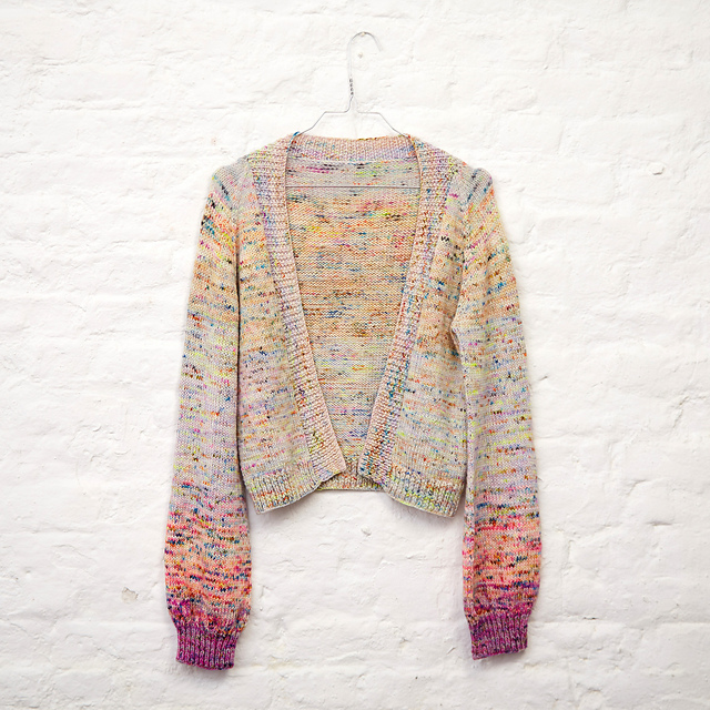Le Pouf cardigan with balloon sleeevs and colour transition